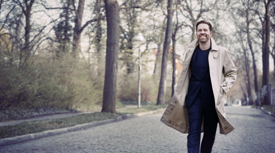 Leif Ove Andsnes (Photo: Gregor Hohenberg)