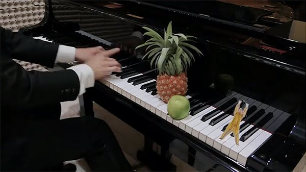 "Finally…Here's the Classical Cover of ""Pen-Pineapple-Apple-Pen"" That We've All Been Waiting For"