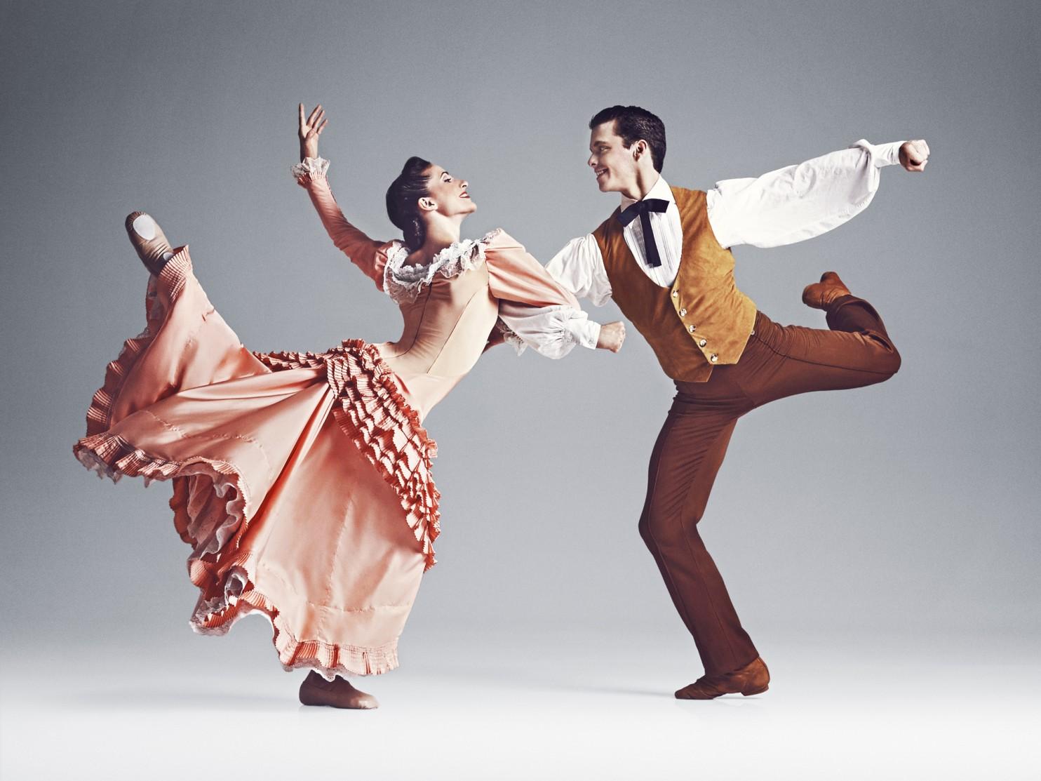 """Martha Graham Dance Company's Lloyd Mayor and Mariya Dashkina Maddux in """"Appalachian Spring."""" (Hibbard Nash Photography)"""