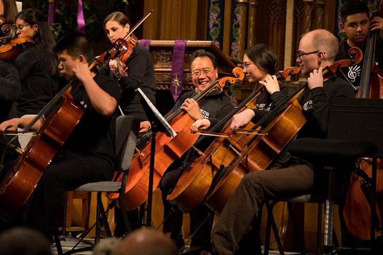'Cellist Yo-Yo Ma joins members of the Civic Orchestra of Chicago in a concert at Fourth Presbyterian Church during the 2016 Bach Marathon presented with the People's Music School (Photo: Todd Rosenberg)