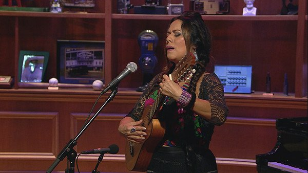 "Just TRY Not to Weep Listening to Lila Downs Sing This Classic Canción Ranchera, ""La Cruz de Olvido"""