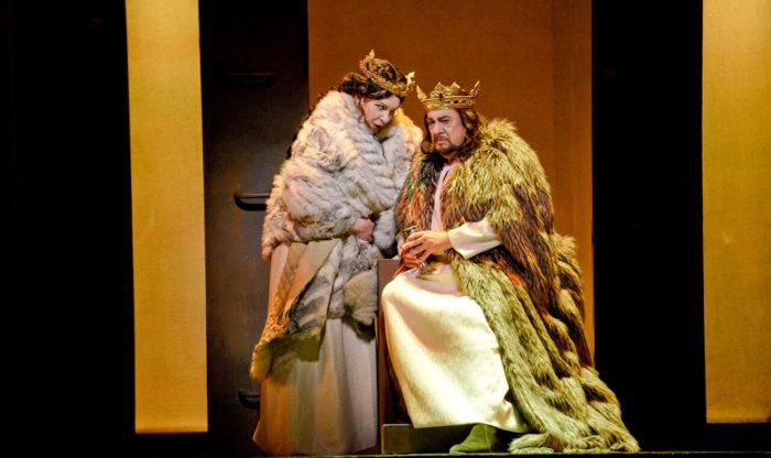 Ekaterina Semenchuk as Lady Macbeth and Plácido Domingo as Macbeth (Photo: Karen Almond)