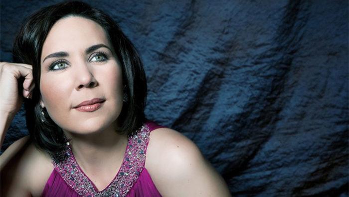 Soprano Jessica Rivera. (Photo: Isabel Pinto)