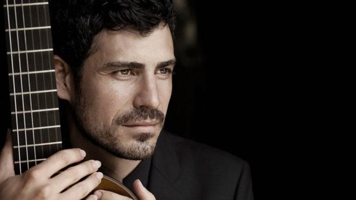Guitarist Pablo Sainz Villegas. (Photo: Lisa Mazzucco)