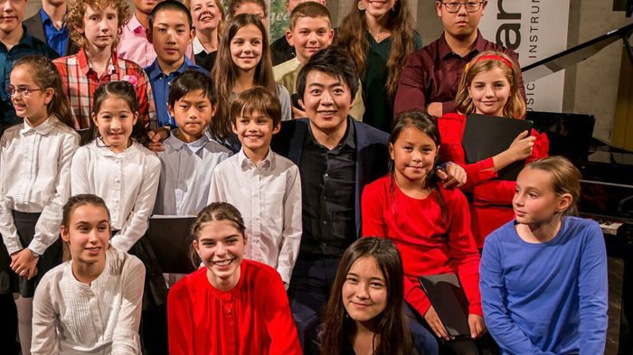 Pianist Lang Lang gives 1,000 students tickets to attend Grammy Salute to Classical Music at Carnegie Hall