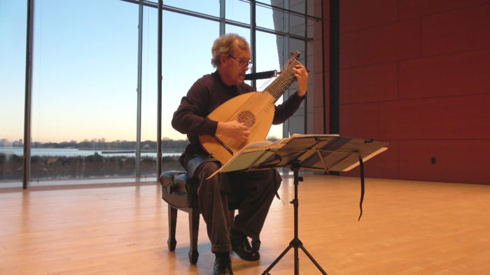 VIDEO | Lute 101 with Nigel North