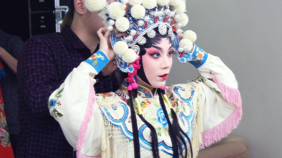 VIDEO | Watch this Chinese opera artist transform into a Dragon Princess – in seconds