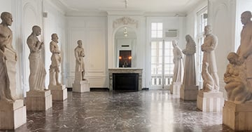 The Hall of Immortals at the International Museum of Surgical Science (Source: Hannah Kyle)