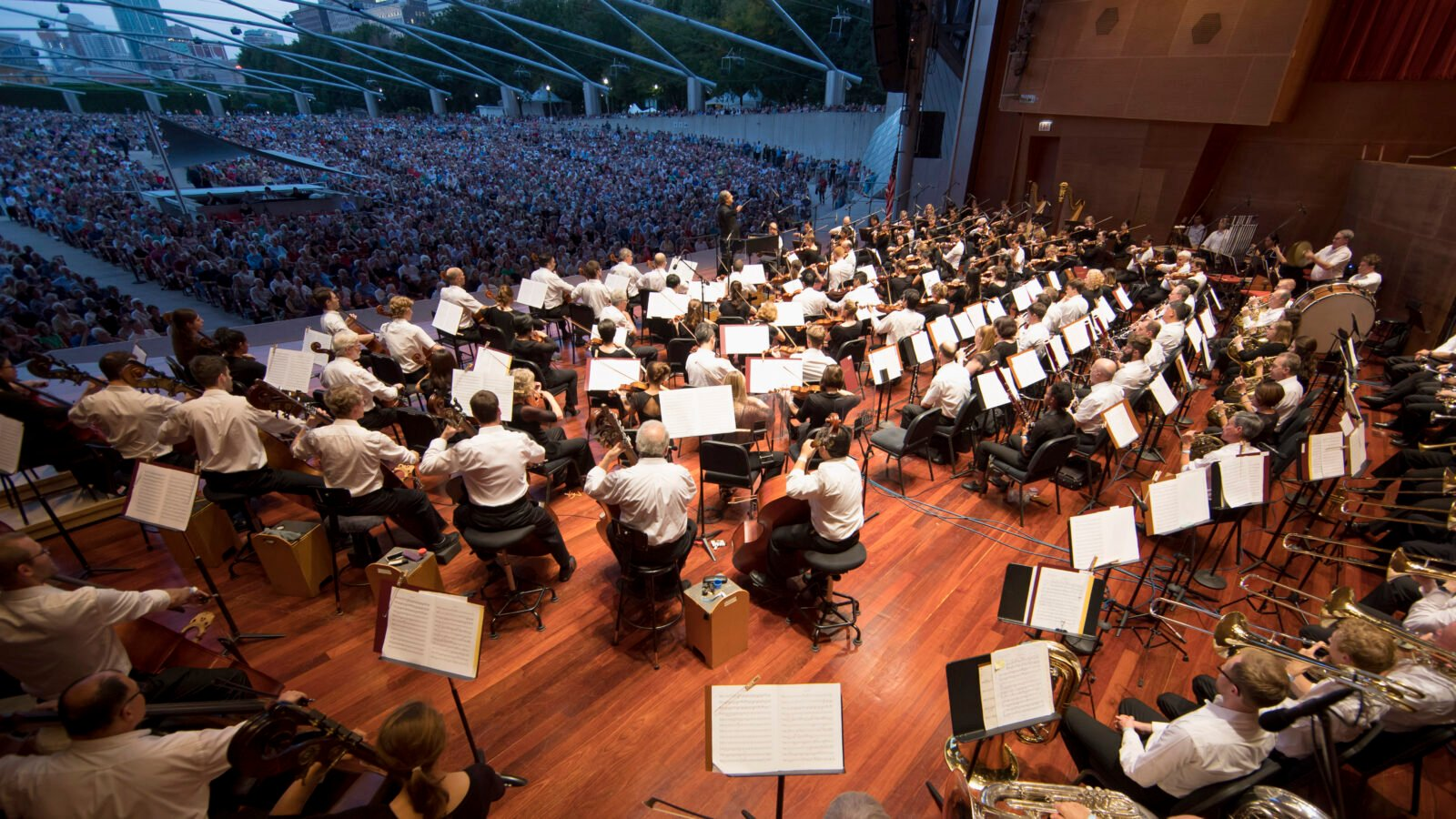 "The Chicago Symphony Orchestra and Civic Orchestra of Chicago, led by Riccardo Muti, performed a free ""Concert for Chicago"" at the Jay Pritzker Pavilion in Millennium Park on September 20, 2018.(Photo: Todd Rosenberg)"