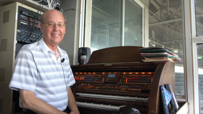 How Chicago Cubs organist Gary Pressy made it to the big leagues
