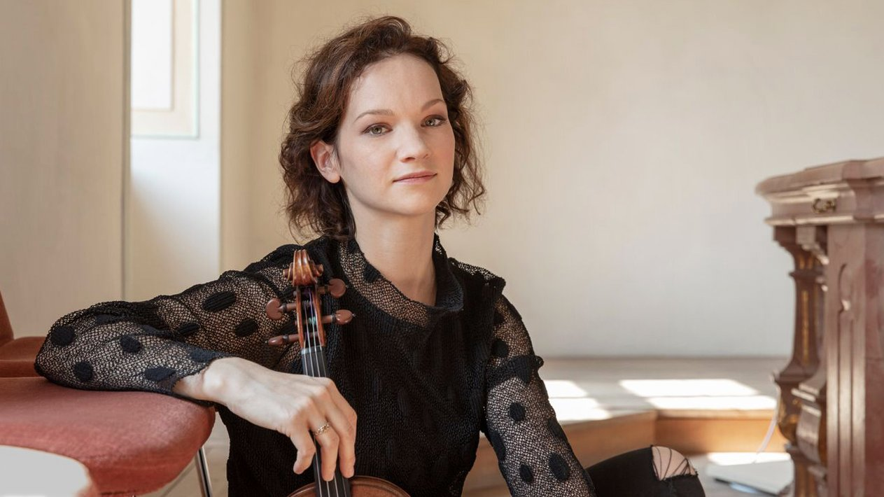 Hilary Hahn (Photo: Dana van Leeuwen/Decca)