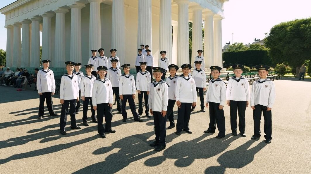 Vienna Boys Choir Christmas.Playlist The Vienna Boys Choir Shares Their Favorite