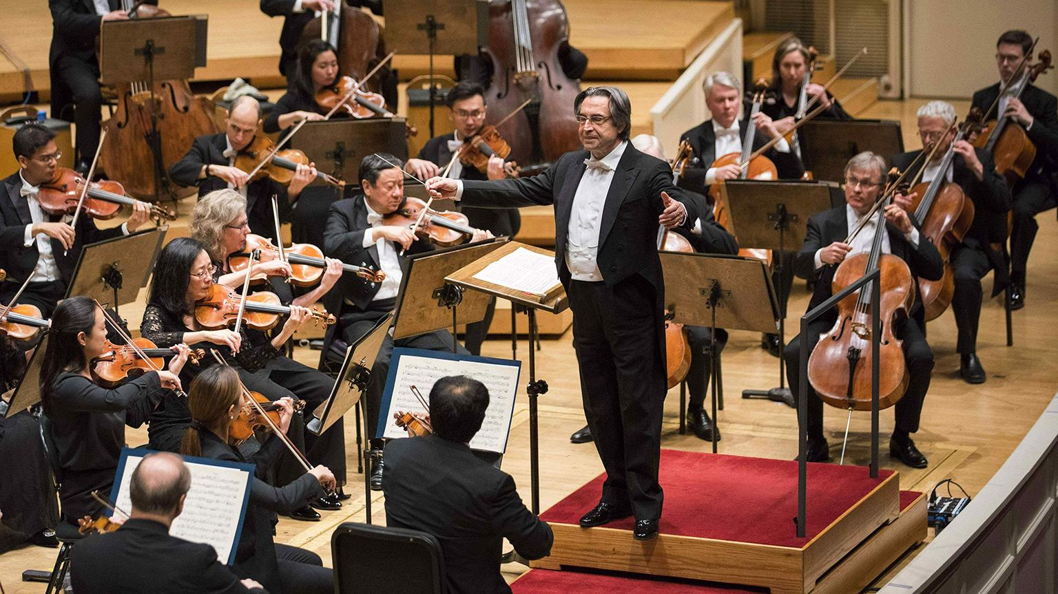 Zell Music Director Riccardo Muti conducts the Chicago Symphony Orchestra (Photo: Todd Rosenberg)