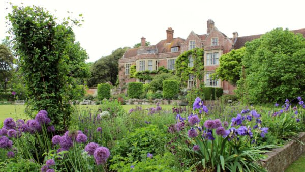 AnOperatic Oasis in the English Countryside —Journey tothe Glyndebourne Festival