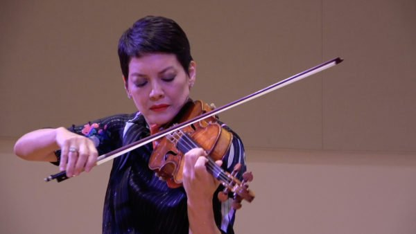 Watch violinist Anne Akiko Meyers perform Bach and Gounod's <em>Ave Maria</em> [Video]