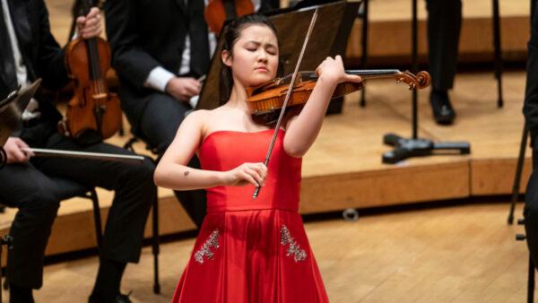 Esme Arias-Kim, 14, violin