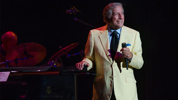 Music helping Tony Bennett battle Alzheimer's disease